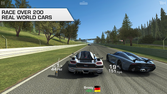 Screenshot 1: Real Racing 3